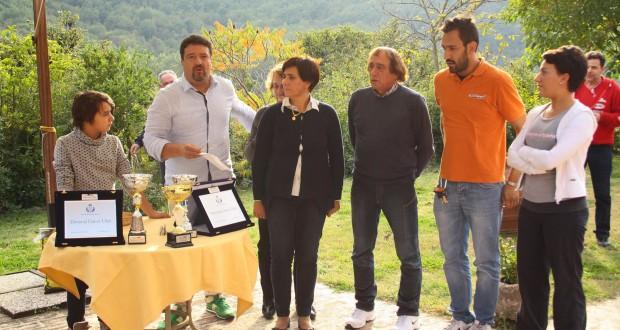 Mario Buschittari e i familiari di Gianni Ulissi al termine del motoraduno (foto di Mihai Marius Botan - www.passionecrossenduro.com)