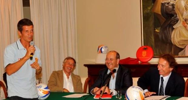 Paolo Siroti in un incontro coordinato dal giornalista Amedeo Goria
