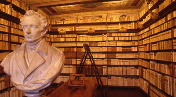 La biblioteca di Giacomo Leopardi a Recanati