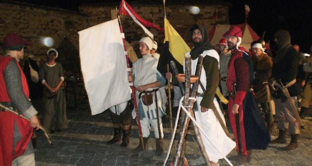 Gruppo di belligeranti al Castello