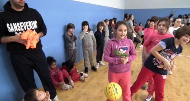 """Basket in rosa alla palestra """"Luzio"""""""