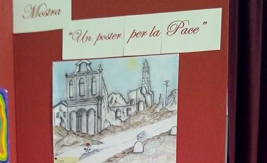 Uno dei poster esposti alla mostra per la pace