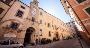 Palazzo dei Governatori, ora sede anche di alcuni uffici comunali