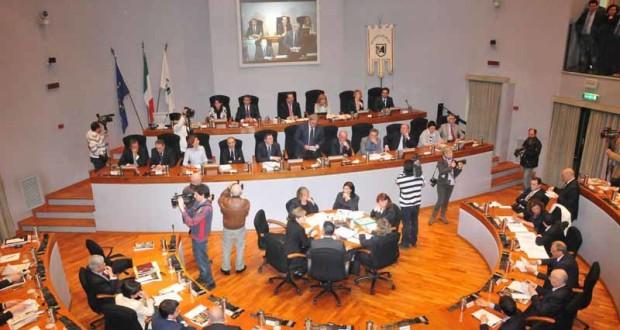 Una seduta del Consiglio regionale delle Marche (foto d'archivio)