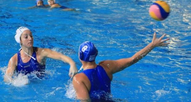 Azzurre in acqua