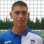 Il portiere Saverio Giachetta veste la maglia del Pescara