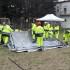 Volontari della Protezione civile impegnati nel montaggio delle tende (foto d'archivio)