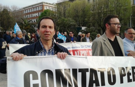 Verbenesi e Borgiani in primo piano alla manifestazione di protesta in Ancona