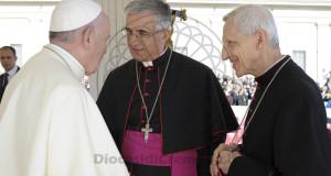 Il vescovo Antonio con Papa Francesco (foto tratta dal sito della Diocesi di Cremona)