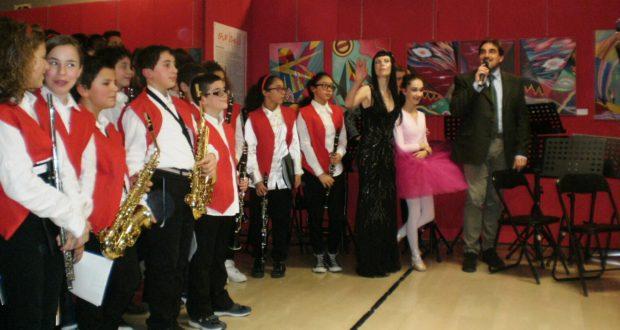 Concerto alle Scuole Medie (foto d'archivio)