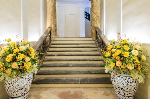 Palazzo gentili torna a splendere dopo 6 anni di lavori for Sauna del cortile chiavi