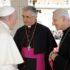 Il vescovo Antonio Napolioni con Papa Francesco