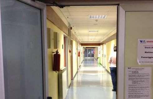 Una corsia dell'ospedale di San Severino