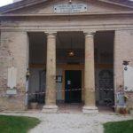 La chiesa del cimitero San Michele