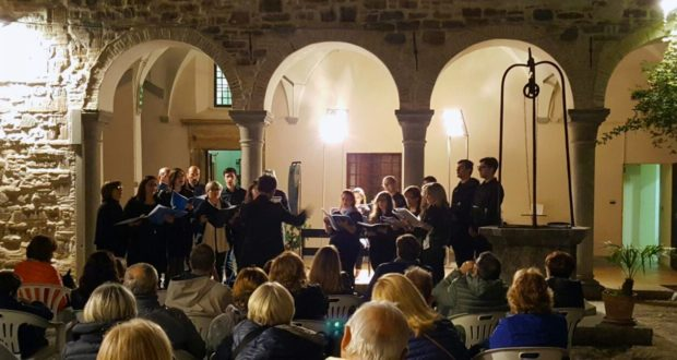"Il ""Tourdion ensamble"" in un concerto nel cortile del museo"