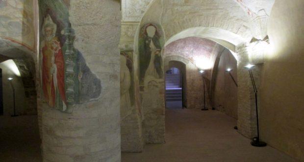 La cripta con la nuova illuminazione
