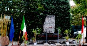 Il monumento dedicato alla memoria dei caduti sul lavoro