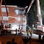 L'inizio della demolizione