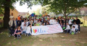 La delegazione giunta da Martina Franca accolta nel giardino della scuola dell'Infanzia di Cesolo