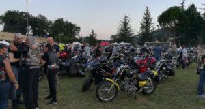 Il raduno dei bikers al campo sportivo di Serralta