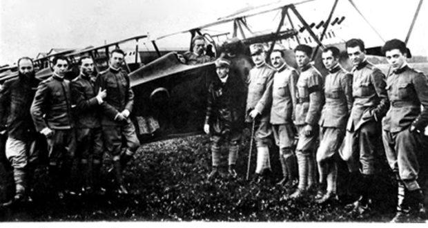 Ludovico Censi, il primo da destra