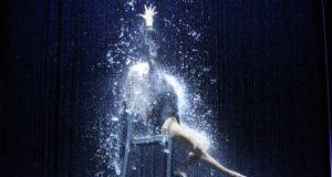 L'immagine-simbolo di Flashdance: le luci sono di Francesco Vignati