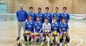 La formazione di Prima Divisione maschile con il coach Daniele Moretti