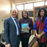 La consegna del libro dedicato all'opera di Anna Claudi