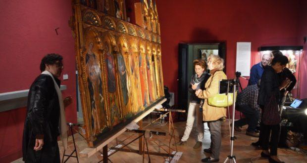 Esperti al lavoro in Pinacoteca per il Polittico del Veneziano