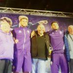 Pacifico Tarquini sul palco del villaggio di Moena assieme a giocatori e tifosi della Fiorentina