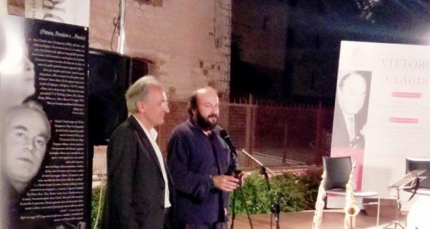 Il presidente Massimo Ciambotti assieme al poeta Davide Rondoni, ospite del Festival