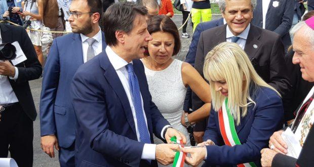 L'on. De Micheli assieme al Premier Conte, al sindaco Piermattei e al vescovo Brugnaro