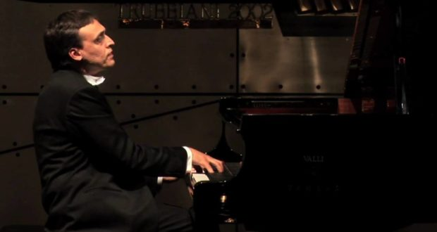 Il pianista Lorenzo Di Bella