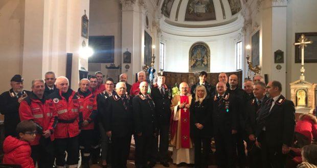 La foto di gruppo nella chiesa di San Domenico