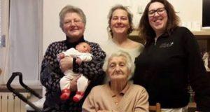 Annunziata, Italia, Stefania, Sara e Noemi insieme