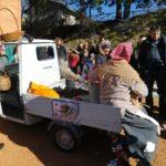 La Befana arrivata a Serralta con l'Ape