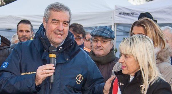 Angelo Borrelli con il sindaco Rosa Piermattei