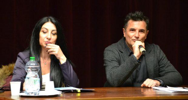 L'autrice Manuela Taffi e l'avvocato Mauro Riccioni