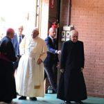 L'arrivo del Papa al palasport