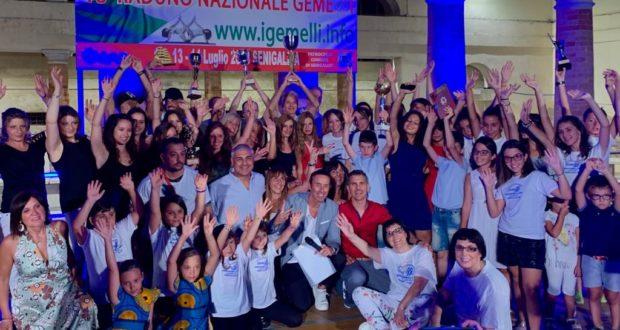 Foto di gruppo al Foro Annonario di Senigallia