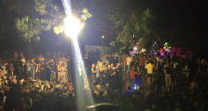 Un momento della festa al Rione Di Contro
