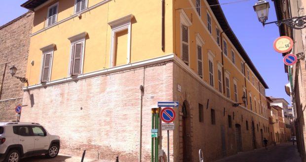 Il palazzo di via Massarelli
