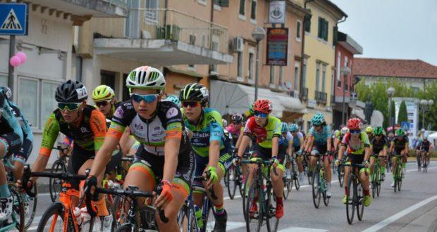 Al via da San Severino il Giro delle Marche in Rosa