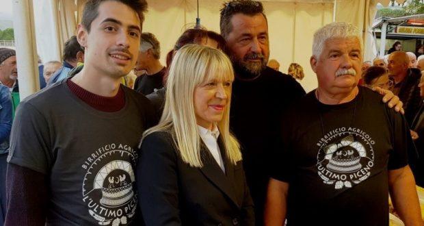 Il lancio della nuova birra: presente anche il sindaco Piermattei