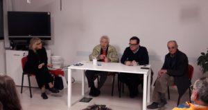 Un momento della riunione del Comitato in difesa dell'ospedale