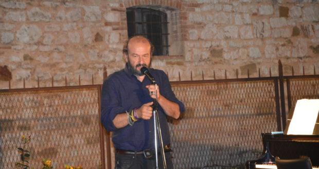 Il poeta Davide Rondoni