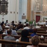 Don Luca Ferro celebra la messa alla Madonna dei Lumi
