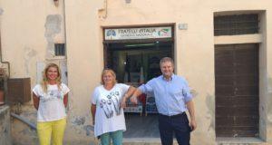 Da sinistra: Michela Pezzanesi, Tiziana Gazzellini e l'on. Carlo Fidanza