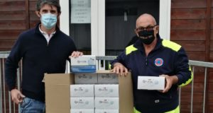 La consegna delle mascherine alla Protezione civile