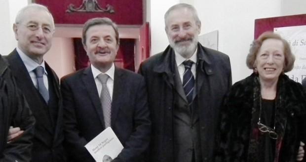 Il sindaco Martini con i fratelli Frida, Elio e Riccardo Di Segni